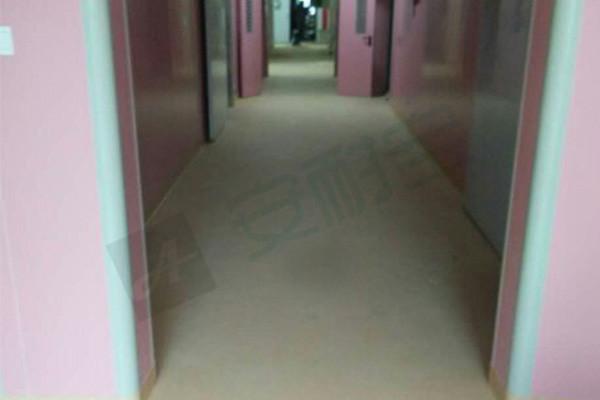 医院走廊地板